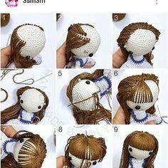 Meninas, para quem me perguntou como fazer o cabelinho dos amigurumis, eu olhei essa técnica e como sou iniciante fui fazendo á partir  dai! Deu super certinho!! #amigurumi #passoapasso #inspiracao #bichinho  #inspiration #bichinhodecroche #crochet #croche #crochetaddict #boneca #dica #cabeloamigurumi #produtoartesanal #handmade #artesanato