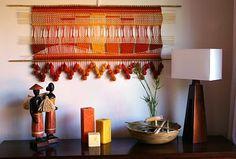 bada19d179 Telaresytapices......arte textil....  telar anaranjado lanas finas ( 120 X  52 cms. incluida las varillas) ( La Serena)