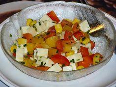 Käsesalat mit Mais und Paprika, ein sehr schönes Rezept aus der Kategorie Gemüse. Bewertungen: 10. Durchschnitt: Ø 3,9.