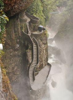 The path to Pailon del Diablo