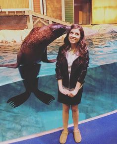 Anna Kendrick and a friendly seal