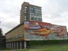 Conmemorando+el+aniversario+de+la+muerte+del+arquitecto+Mario+Pani,+recordamos+un+clásico+de+su+arquitectura,+la+torre+de+la+rectoría+de+la+UNAM+construida+en+el+año+1952.