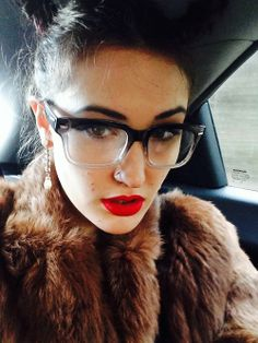 #ombre #eyeglasses and red lips