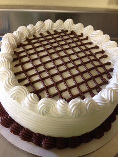 Ένα ορεα τούρτα με βανίλια και σοκολάτα!!🍰