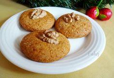 Mézes korongok recept képpel. Hozzávalók és az elkészítés részletes leírása. A mézes korongok elkészítési ideje: 40 perc Cannoli, Cookie Jars, Biscotti, Muffin, Cookies, Breakfast, Christmas, Food, Crack Crackers