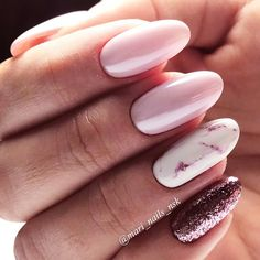 30 Ideas With Long Nails For Different Shapes Long nails look really feminine and extremely elegant. What is your favorite nail shape? Get inspiration from our gallery of long nail shapes and matching nail designs. Elegant Nail Designs, Colorful Nail Designs, Elegant Nails, Nail Art Designs, Nails Design, Faux Ongles Gel, Hair And Nails, My Nails, Oval Nails