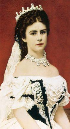 Empress Elisabeth (Sissi) by Esmezja.deviantart.com on @DeviantArt