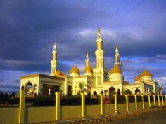 Sultan Haji Hassanal Bolkiah Masjid, the Grand Mosque of Cotabato, Cotabato city, Philippines.