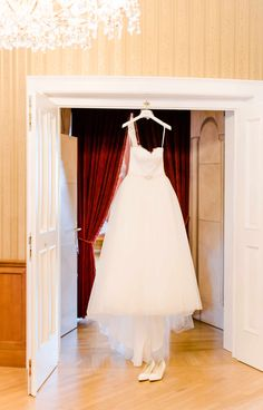 weddingday getting ready weddingdress weddingphotography white