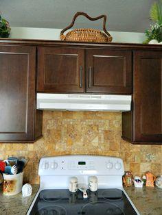 kolb kitchen stove tile backsplash - beautiful variation.