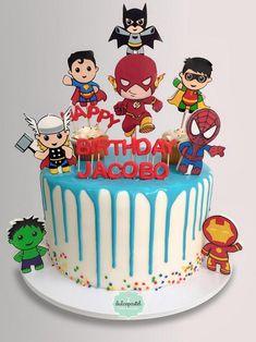 Avengers Birthday Cakes, Superhero Birthday Cake, Superhero Party, 4th Birthday, Birthday Parties, Marvel Cake, Superman Cakes, Fun Cupcakes, Cupcake Cakes