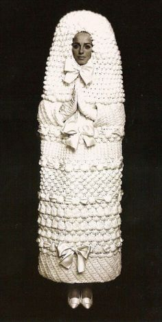 #YvesSaintLaurent Wedding Dress from 1965. Its like big tampon with bows, but still #YSL ;-)