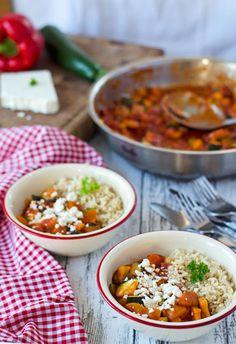 Tulpentag: Paprika, Zucchini und Chorizo mit Naturreis und Feta {Gastbeitrag von Eine Prise Lecker}