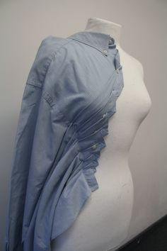 Men's shirt manipulation on a mannequin