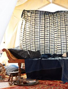 Aboubakar Fofana Indigo Textiles on DARA Artisans Shibori, British Colonial Style, Modern Craftsman, African Textiles, Indigo Dye, Mixing Prints, Shades Of Blue, Creations, Blue And White