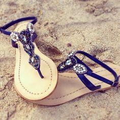 Sandalo basso blu con pietre