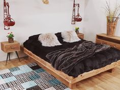 Posts Business Help, Posts, Bed, Table, Furniture, Home Decor, Bedroom, Messages, Decoration Home