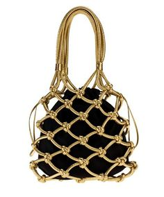 You can't go wrong with moschino and this black and gold bag is an LBW fave! Vintage Purses, Vintage Bags, Vintage Shoes, Fashion Bags, Fashion Accessories, Fashion Top, Custom Purses, Diy Sac, Macrame Bag