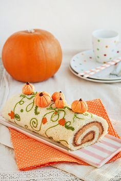 Pumpkin roll with Cream and walnut pasta