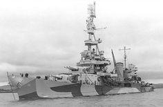 USS Salt Lake City (CA-25) - Incrociatore pesante classe Pensacola - Dislocamento9.097 t Stazza lorda11.512 tsl Lunghezza178,52 m Larghezza19,89 m Pescaggio5,94 m Propulsioneotto caldaie White-Forster, quattro turbine a ingranaggi a vapore Parsons, quattro alberi motore (107.000 shp) Velocità32,5 nodi  (62 km/h) Autonomia10.000 miglia a 15 nodi Equipaggio631 - affondata come bersaglio  nel 1948.