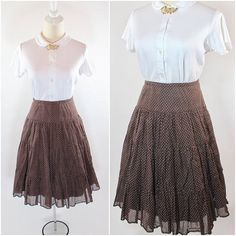 Women's Vintage 1950s 1960s Brown Cotton Swiss Dot Tiered Ruffled Full Gathered Skirt 29""
