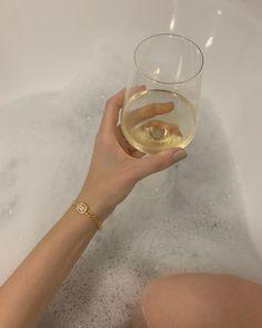 "eve's JEWEL on Instagram: ""A relaxing sunday evening with @sarahallegra 🍸✨ #evesjewel #choosehandmade"" Eve, Alcohol, Sunday, Jewels, Handmade, Instagram, Rubbing Alcohol, Domingo, Hand Made"