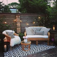 24 Amazing Outdoor Living Space and Porch Ideas 2019 The post 24 Amazing Outdoor Living Space and Porch Ideas 2019 appeared first on Patio Diy.