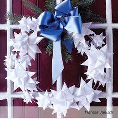 The Wreath Blog: 3-D Paper Star Wreath at Good Housekeeping. Fröbelstern-Kranz