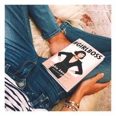 Rosie Huntington-Whiteley does some Saturday reading… #GIRLBOSS