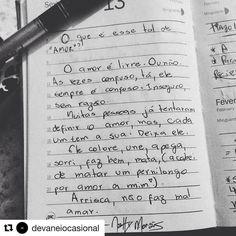 Vocês sabem que eu escrevo uns paranaue em outro insta? Corram lá e me digam o que vocês acham  #devaneiocasional #textos #frases