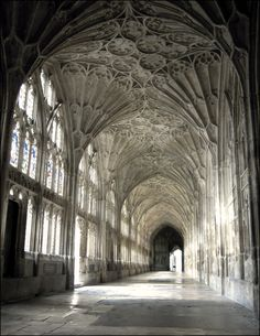 Fan Vaulting, Gloucester Cathedral Cloister. Historians believe that fan vaulting was invented by architects and masons working at Gloucester Cathedral in the 1350s.