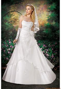 Romantische Brautkleider 2014 aus Satin mit Appliaktion