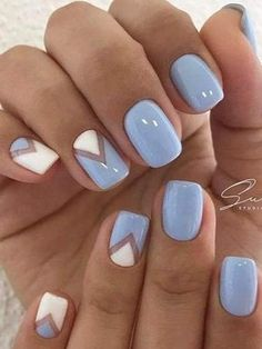 SUMMER NAILS 2017 Blue and white nails Fresh nails Geometric nails Spring summer nails 2017 Stylish nails Triangle french manicure Triangle nails Two color nails Stylish Nails, Trendy Nails, Nail Design For Short Nails, Blue Nails With Design, Two Color Nails, Blue And White Nails, Sky Blue Nails, Nail Art Blue, Pastel Nail Art
