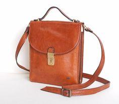 Vintage 70s Brown Leather Shoulder Bag