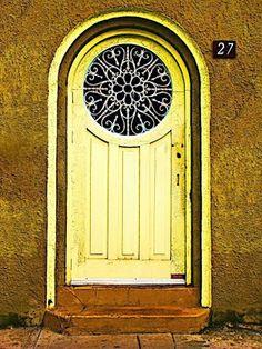 Zaczarowana Latarenka: Zaczarowana Latarenka uchyla drzwi...