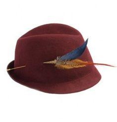 Chapeau tyrolien en feutre piqué de plumes