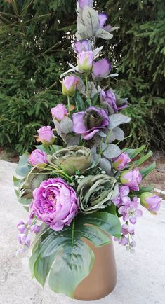 Church Flower Arrangements, Floral Arrangements, Cemetery Flowers, Funeral Flowers, Flower Bouquet Wedding, Ikebana, Diy Flowers, Diy And Crafts, Vence