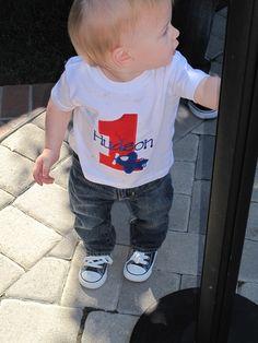 Ohh just stumbled upon my adorable nephew on pinterest, makes me smile :)) xo Huddy