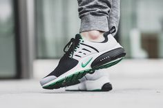 "On-Foot: Nike Air Presto Essential ""Pine Green"""