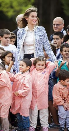 King Felipe and Queen Letizia visited a school where they Ourense inaugurated the new school year.