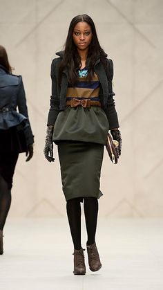 Burberry - CROPPED KNITTED BOMBER JACKET