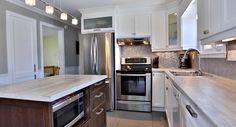 Cuisine Kitchen Island, Home Decor, Kitchens, Homemade Home Decor, Interior Design, Home Interiors, Decoration Home, Island Kitchen, Home Decoration