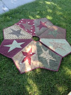 Buggy Barn Quilted Star Christmas Tree Skirt (ready To Ship)