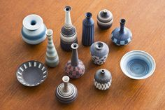 Collection of 1940s ceramic vases by Gunnar Nylund at www.modernisten.com
