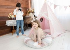 Tipi Tent Pink Romantic - set teepee 7 el. Childrens Teepee, Kids Teepee Tent, Childrens Bedroom Decor, Soft Play Mats, Indian Teepee, Romantic Lace, Open Window, Textiles, Kids Room