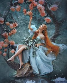 Image in Dreamscapes ~ ️ Collection by Sunshyne Blu Sedreal – girl photoshoot ideas Fantasy Photography, Creative Photography, Portrait Photography, Fantasy Kunst, Fantasy Art, Foto Fashion, Girl Photo Shoots, Fantasy Dress, Character Inspiration