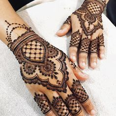 50 Most beautiful Rajasthani Mehndi Design (Rajasthani Henna Design) that you can apply on your Beautiful Hands and Body in daily life. Wedding Henna Designs, Henna Art Designs, Mehndi Designs For Girls, Unique Mehndi Designs, Mehndi Design Images, Latest Mehndi Designs, Heena Design, Beautiful Henna Designs, Beautiful Mehndi