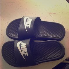 Boys Nike sandal Excellent condition Nike Shoes Athletic Shoes