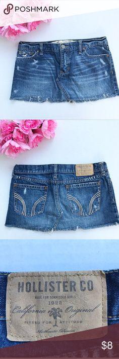 Hollister distressed denim skirt. Size 5. Hollister distressed denim skirt. Perfect for summer! ☀️Size 5. Hollister Skirts