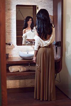 Rochie lunga eleganta din tricot lasata pe umeri Alb-Maro -> http://www.fashion8.ro/rochii/1523-rochie-lunga-eleganta-din-tricot-lasata-pe-umeri-alb-maro